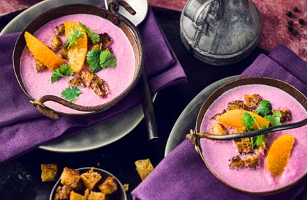 Rotkraut Suppe mit Croutons