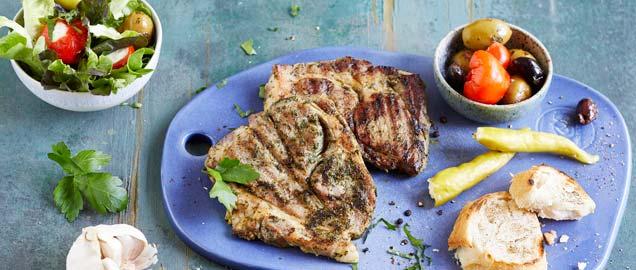 Grill-Steaks mit Antipasti