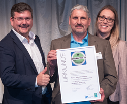 Auszeichnung Regionalstar 2019 für Biosphärenrind: Herr Leuthner, Frau Kunath und Herr Hohmann