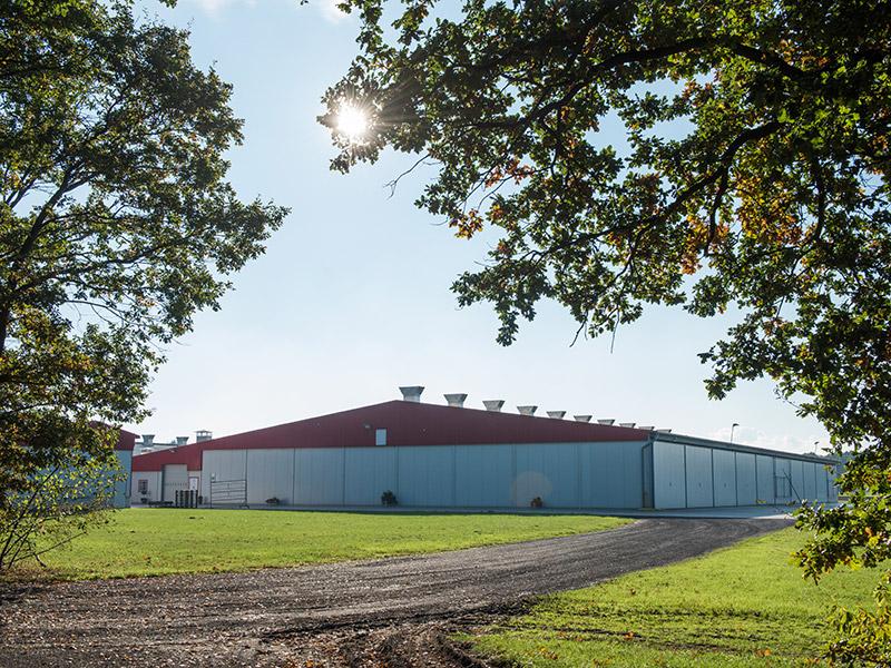 Blick auf das Betriebsgebäude