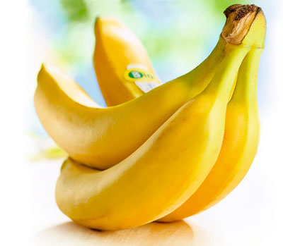 vier Bio-Bananen