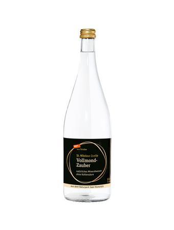 Darstellung von Mineralwasser Vollmond-Zauber