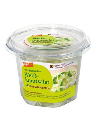 Darstellung von schnittfrischer Weißkrautsalat