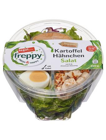 Darstellung von Kartoffel Hähnchen Salat