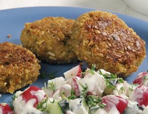 Gemüseburger mit Radieschen-Kressequark