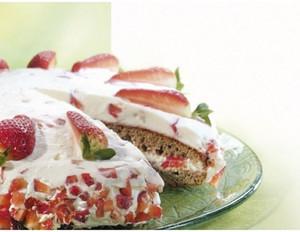 Erdbeer-Buchweizentorte