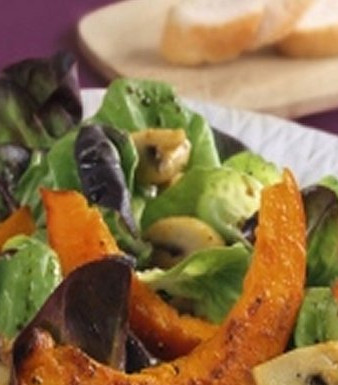 Pilze und Kürbis gebraten mit Bio-Mix-Salat
