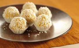 Powerballs mit Aprikose und Kokos