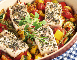 Mediterranes Paprikagemüse mit Fischfilet