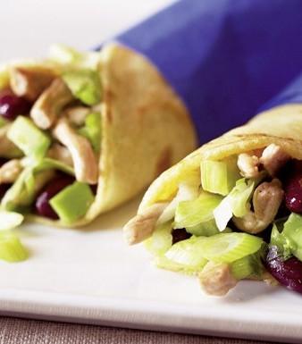Schnitzel-Wraps mit Avocado-Eissalat