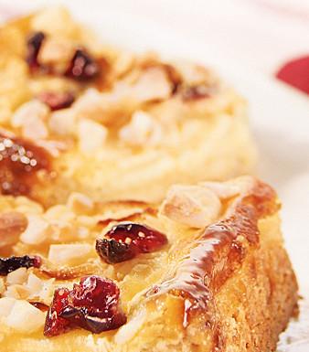 Apfel-Mandelkuchen mit Cranberries