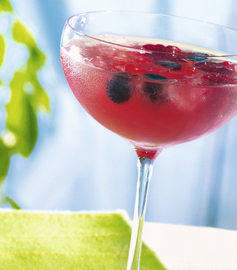 Rhabarber-Berry-Cooler (fruchtig süß)