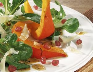 Feldsalat mit Kürbis und Granatapfel
