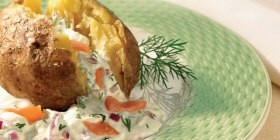 Folienkartoffel mit Lachs und Dillcreme