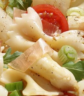 Spargel-Farfalle-Salat