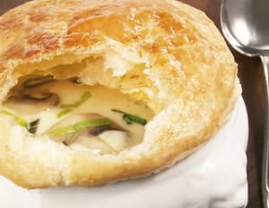 Lauch-Champignon-Suppe mit Käse