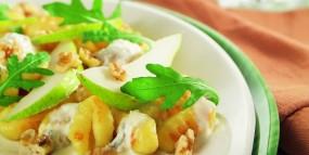 Gnocchi mit Birnen-Gorgonzola-Sahnesauce und Walnüssen