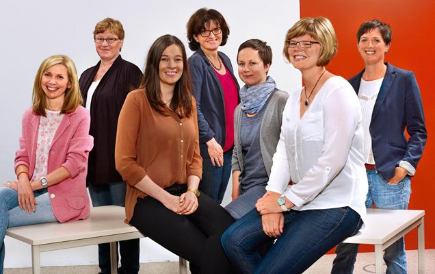 die 7 Mitarbeiterinnen der tegut... Kundenbetreuung