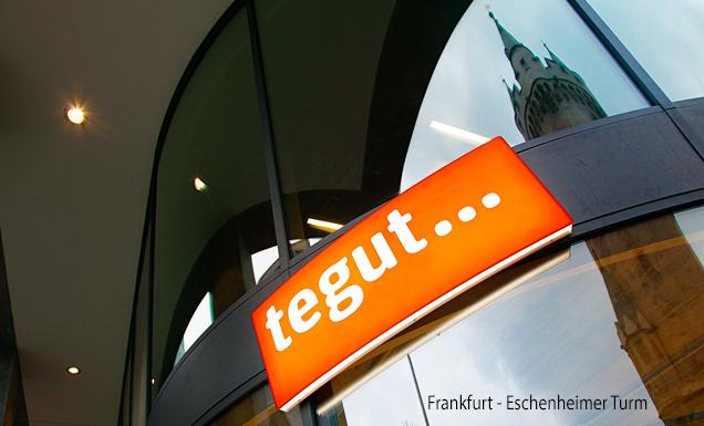 tegut... Logo des Marktes Frankfurt, Eschenheimer Turm